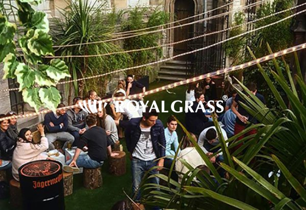 Project: kunstgras voor Los Locos Pop up bar in Gent
