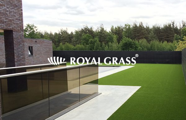 Project: Strakke tuin met Royal Grass® kunstgras