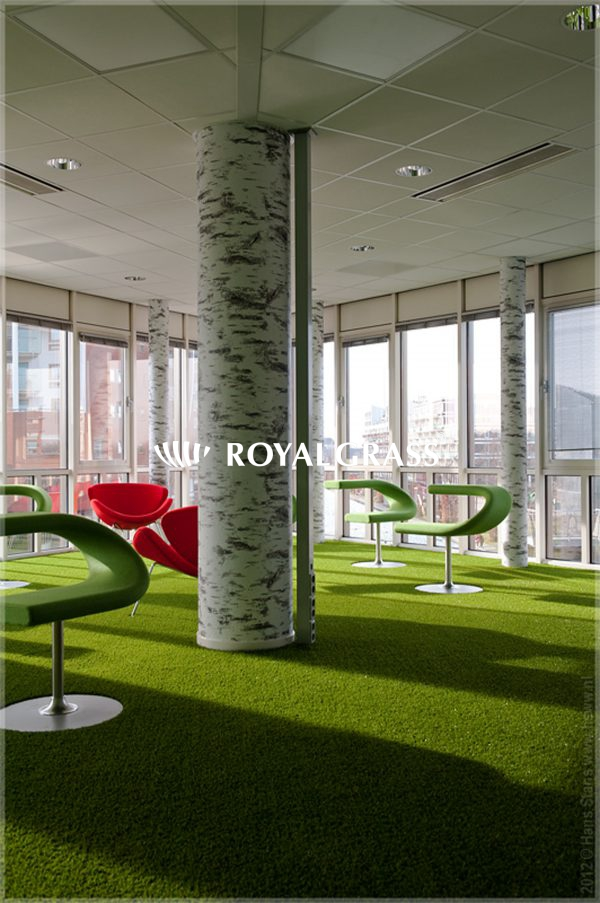 artificial-grass-office-decoration
